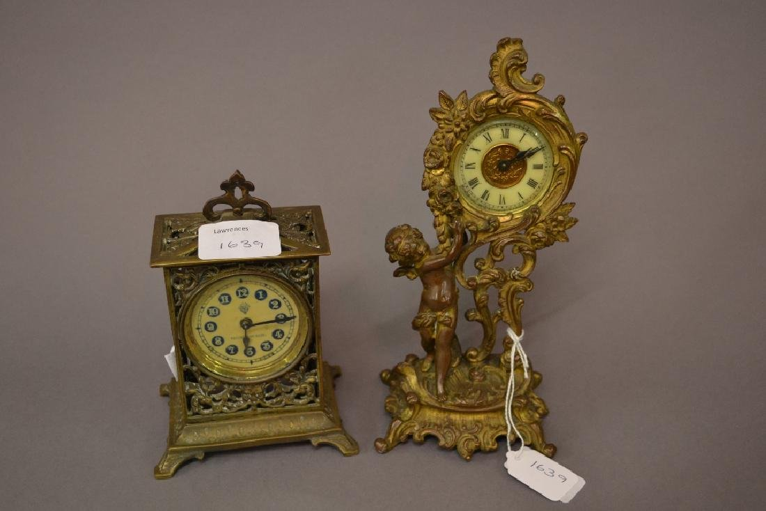 Small 19th Century French gilt metal mantel clock in