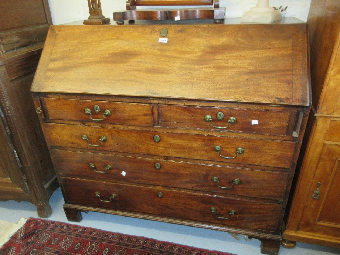 Large George III mahogany bureau with a fall front