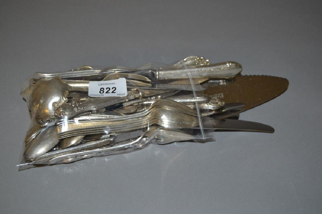 Quantity of silver teaspoons and other silver flatware