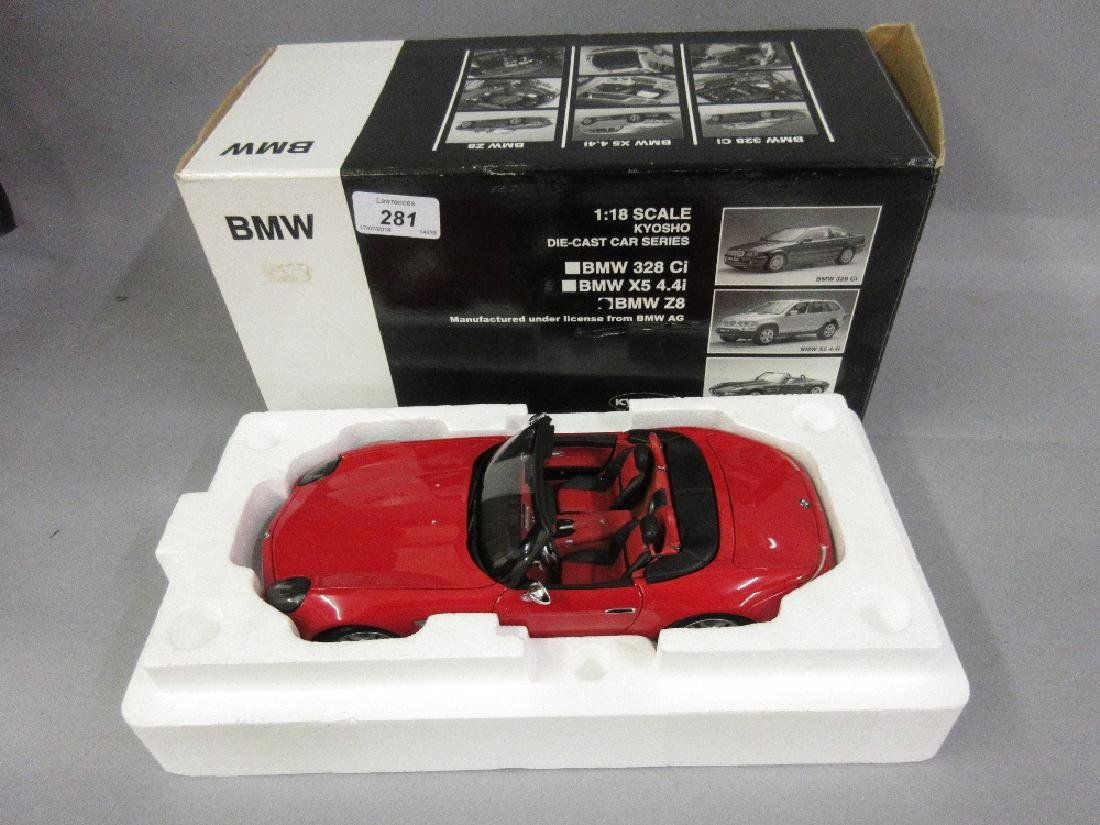 Kyoshio 1:18 scale model of a BMW motor car, boxed