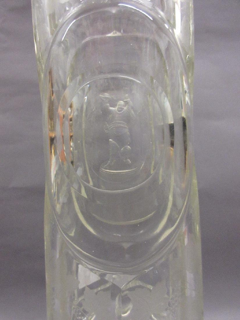 19th Century Bohemian clear etched glass vase decorated - 3