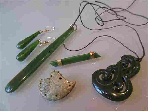 Group of New Zealand jade jewellery including a 9ct
