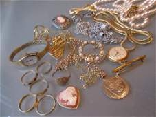 Small quantity of various gold rings and necklaces to