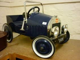 Baghera Child's Blue Painted Pedal Car