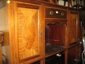 Edwardian Mahogany And Inlaid Sideboard With A Mirrored