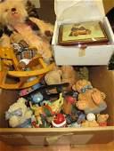 Quantity of various teddy figures