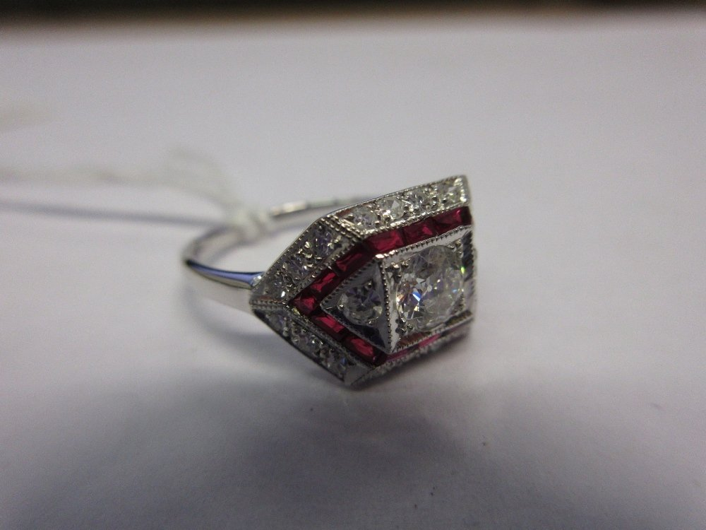 18ct White gold ruby and diamond ring of Art Deco
