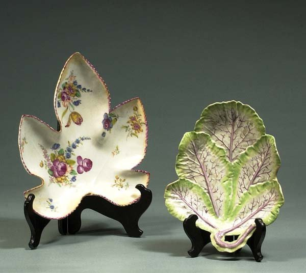 1007: Longton Hall cabbage leaf shaped dish with stalk