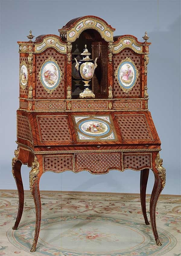 1192: Superb Louis XV style bronze mounted secretaire c
