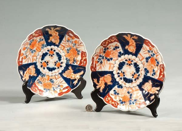 23: Pair of Imari porcelain plates with cobalt blue and