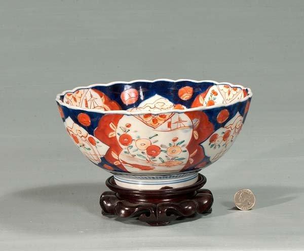 10: Imari porcelain bowl with urn and floral decoration