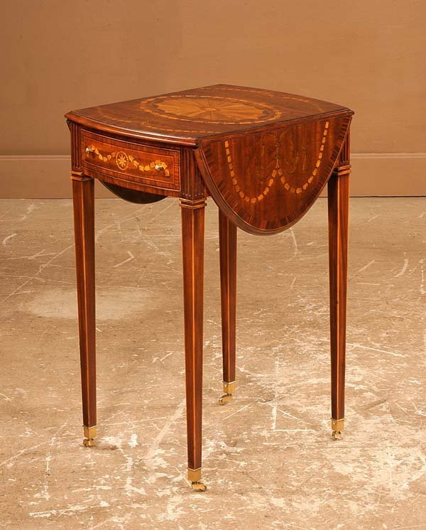 19: Inlaid Hepplewhite mahogany bow front Pembroke tabl