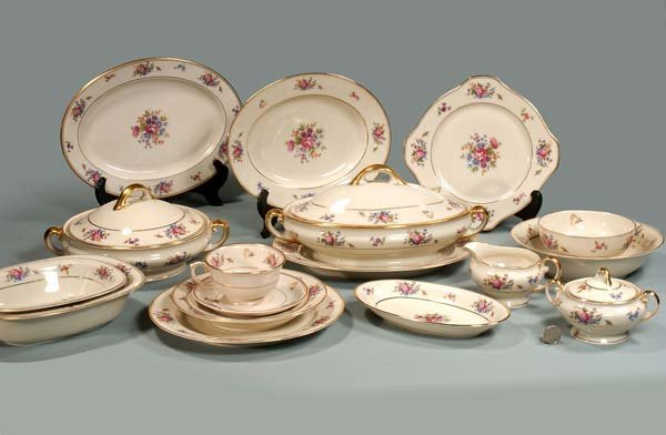 23: Set of Lamberton ivory china with floral decoration