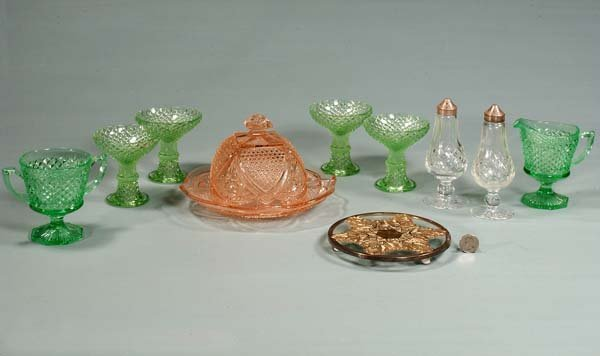 426: Group of ten pieces of glass; green cream and suga