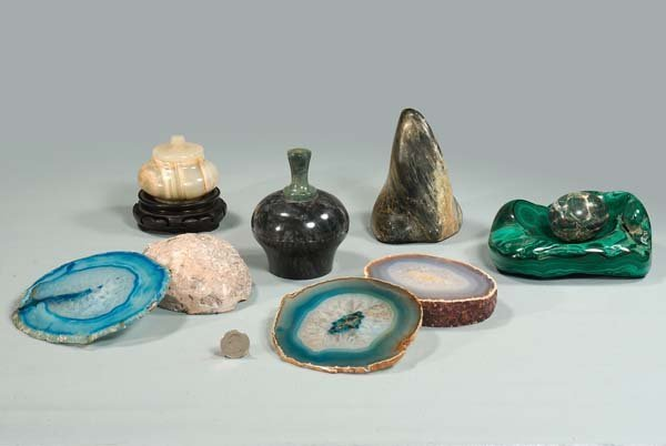 427: Nine pieces of hard stone collectibles