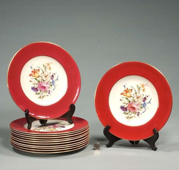 8: Set of 12 Royal Worcester dinner plates with floral