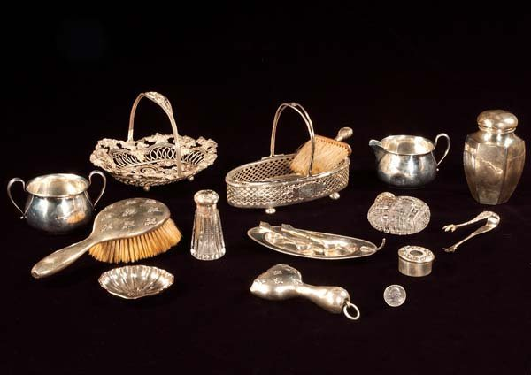 9: Group of 16 pieces of assorted sterling silver items