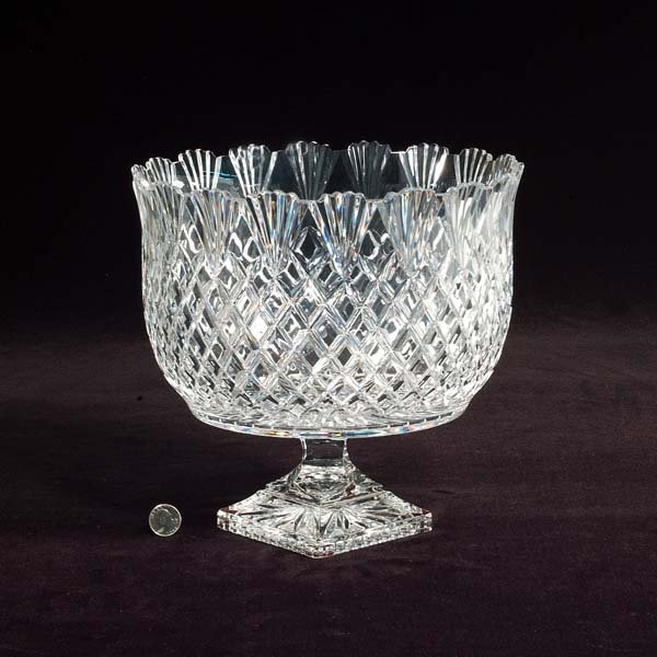 433: Large crystal compote in the diamond design