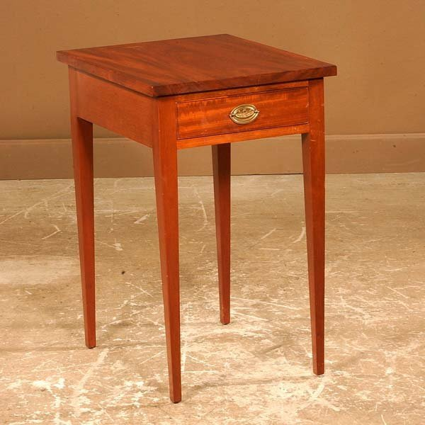 441: Hepplewhite style mahogany one drawer stand on squ