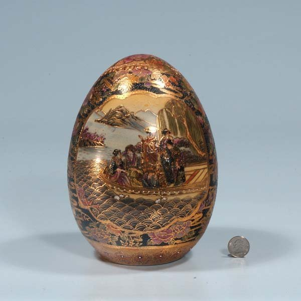 7: Satsuma porcelain egg with scenic and figural decora