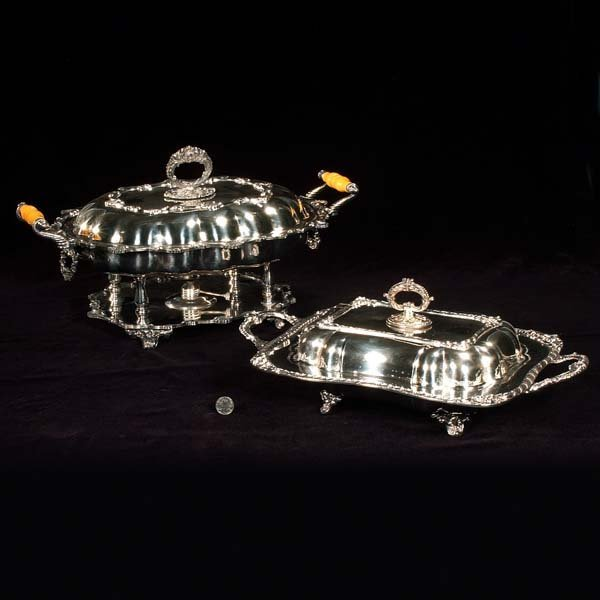 """10: Silver plated covered entree dish on a stand, 18"""" w"""