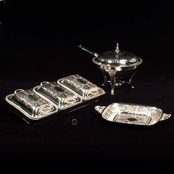 426: Three section engraved entree dish, round entree d