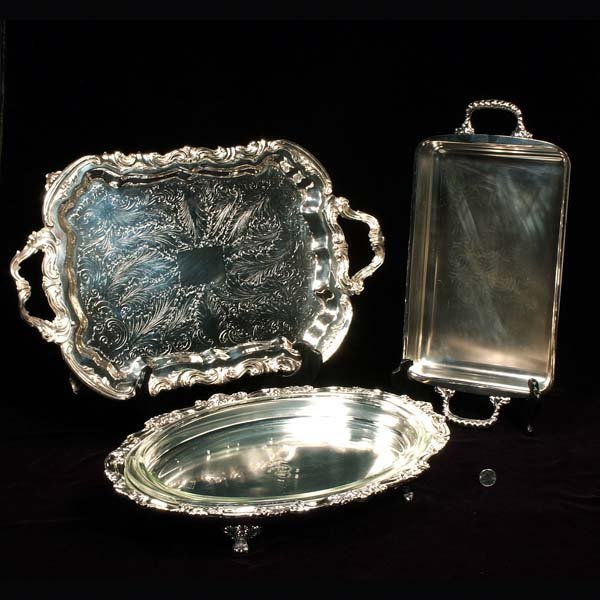 443: Silver plated footed tray, oblong dish (no liner),