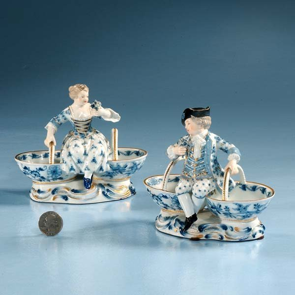 4: Pair of blue and white Meissen sweet meat dishes wit