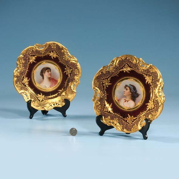 """9: Pair of 9"""" Royal Vienna portrait plates with gold gi"""