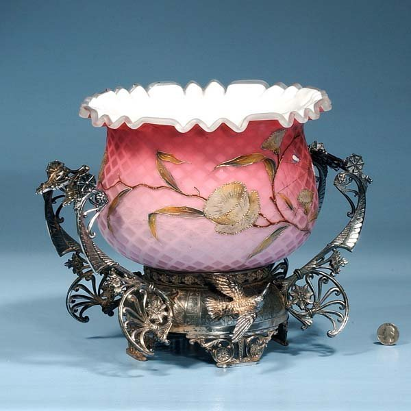 12: Quilted pink satin glass bowl with floral decoratio