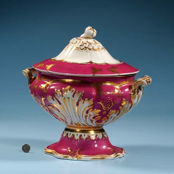 """436: Oval porcelain soup tureen with lid, 14"""" long, 9"""""""