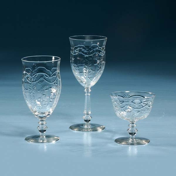 1020: Group of crystal stemware, eight wines, eight ice