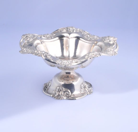 19: Sterling silver compote marked W (in a wreath) with
