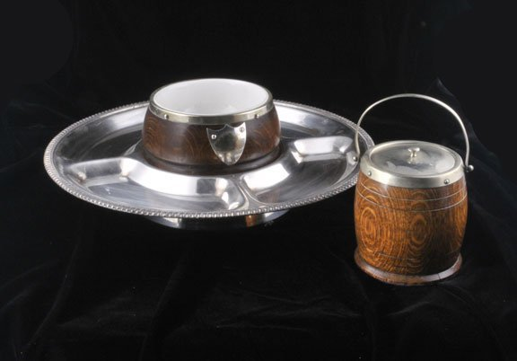 437: Silver plated divided dish with wooden bowl in the