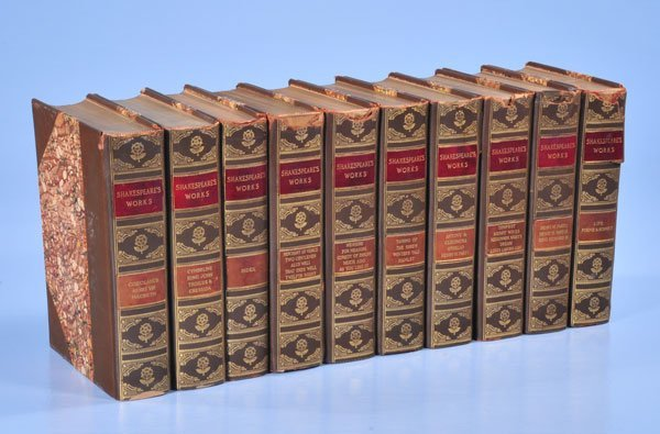 1019: Group of ten English leather bound books, Shakesp