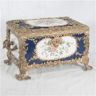 Fine Serves cobalt porcelain box