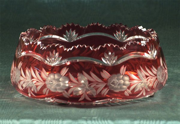 1003: Large scalloped-top, cranberry cut to clear glass