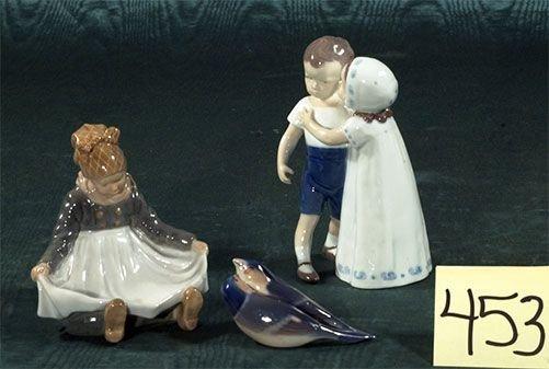 1453: Three pieces of Royal Copenhagen porcelain: littl