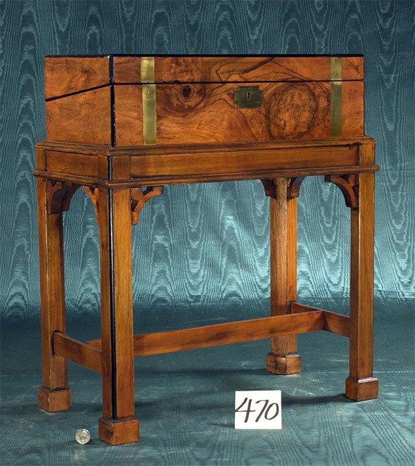 1470: English walnut, brass mounted lap desk on a strai