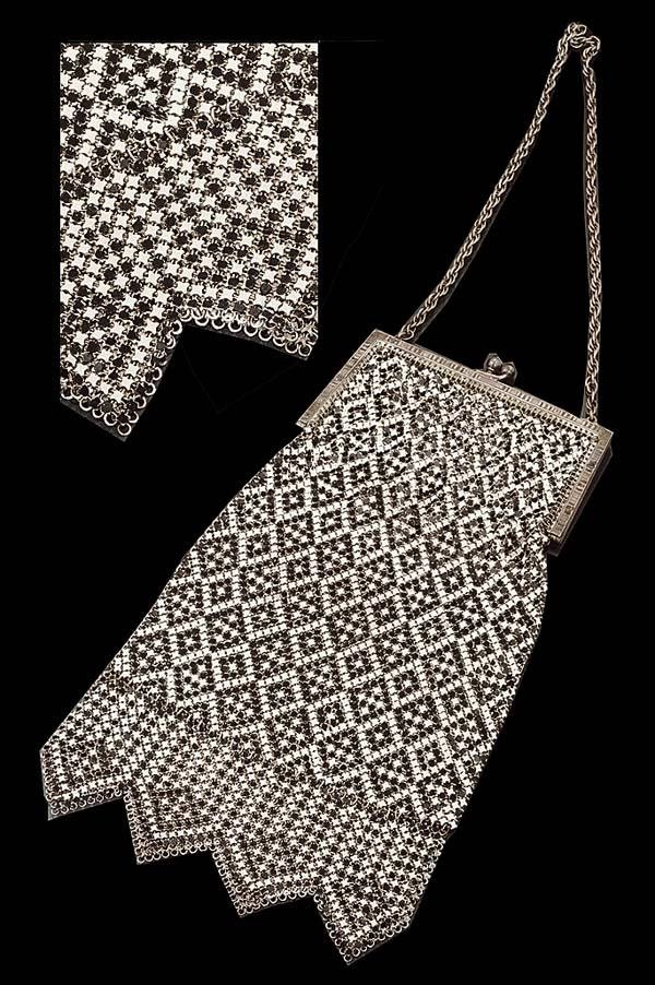 "1016: ""Whiting and Davis Co."" silver mesh hand bag with"