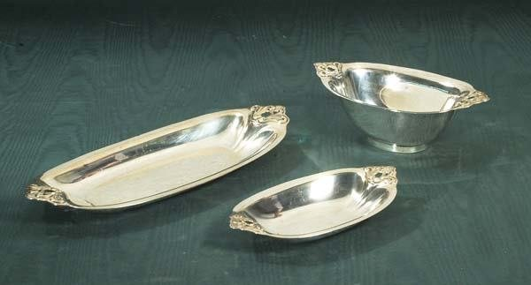"1018: International sterling silver oval dish, 4-1/2"" x"