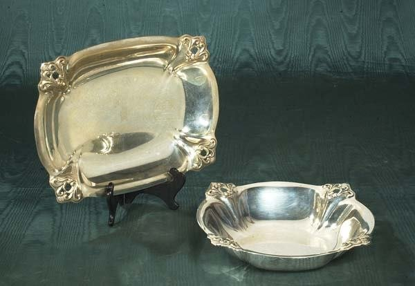1021: International sterling silver oblong dish, 9-1/2""
