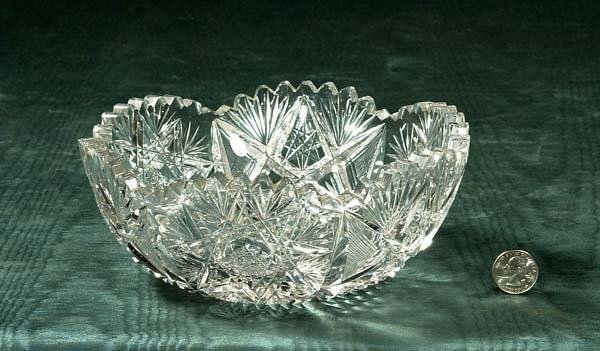 "455: Cut crystal fruit bowl with scalloped top, 8"" diam"