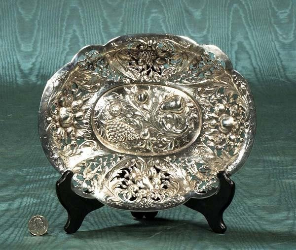 17: Oval sterling silver bowl with reticulated sides, m