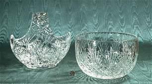 400: Large cut crystal basket with pinwheel cut design