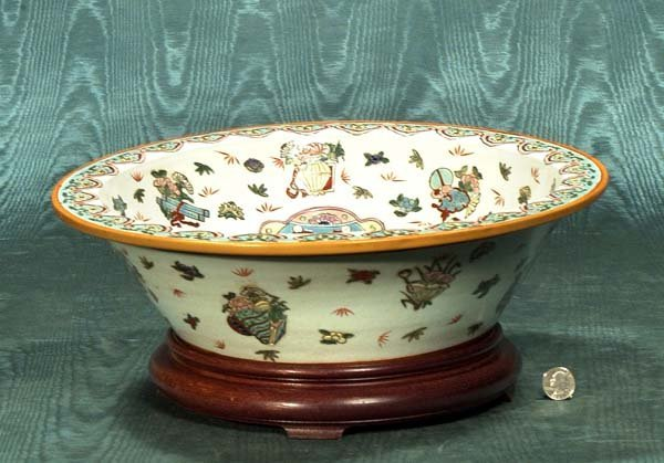"436: Chinese porcelain bowl on a wooden stand, 16"" diam"