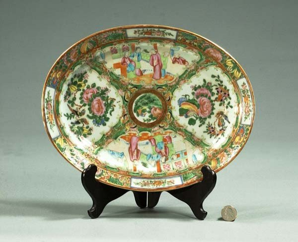 1012: Oval Chinese Rose Medallion platter with floral a