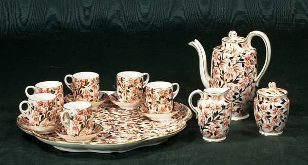 1015: Royal Crown Derby tea set with tea pot, cream and - 2