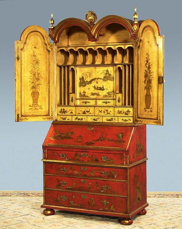 1060: Superb Queen Anne chinoiserie lacquered double bo