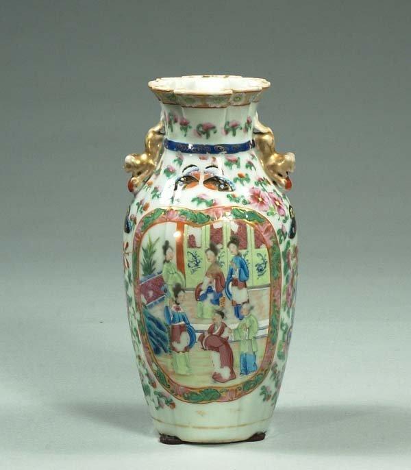 "21: Chinese Rose Medallion porcelain vase, c.1860, 10"""